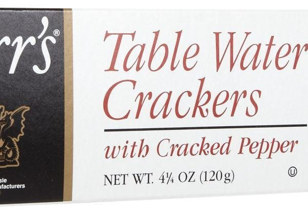 carrs-crackers-cracked-pepper